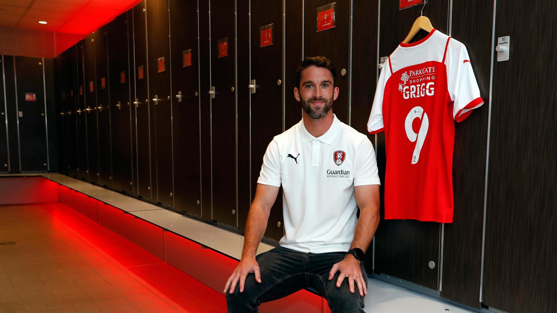 SIGNING | Millers complete Deadline Day swoop for Sunderland striker